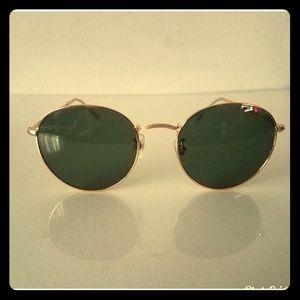 Acropolis Green Sunglasses